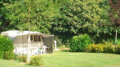 très grands emplacements au camping de Locouarn